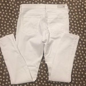 White mid rise ankle jeans